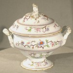 English Ironstone Worcester Soup Tureen, Ca. 1900