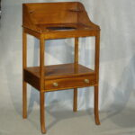 Wash Stand, New England Ca. 1800